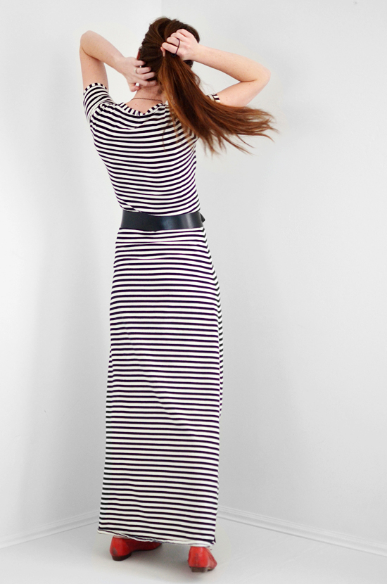 istillloveyou-sewing-stripe-dress-4