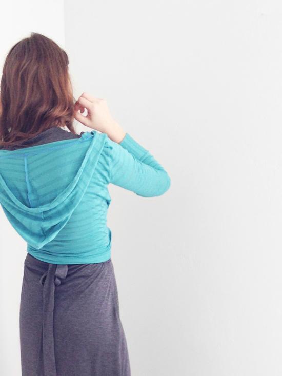 istillloveyou-sewing-slouchy-hoodie-5